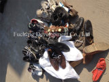 Чистым и большим ботинки человека размера используемые спортом для рынка Африки (FCD-005)