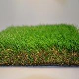 人造の景色の人工的な芝生