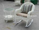 PE Rattan tejiendo Mecedora silla/ocio/mobiliario de jardín (BP-261)