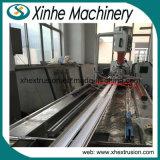 Extrusion jumelle de profil de mousse de PVC de la vis WPC faisant la ligne de production à la machine