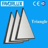 屋内モールのアプリケーションの三角形LEDのパネル