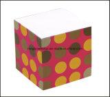 Cubo bonito de /Paper do papel da almofada de memorando