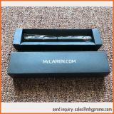 Boîte cadeau de plume sur papier pliable