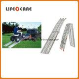 携帯用アルミニウム車椅子の傾斜路