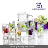 Het Drinken van het Glas van Nice de Reeks van Waren, het Water van 7 die PCs met de Bloem van het Overdrukplaatje, Citroen wordt geplaatst voor Sap wordt geplaatst