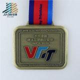 Demi de marathon 70mm personnalisent des sports exécutant des médailles avec le logo d'émail