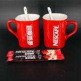 La fabbrica ha personalizzato la tazza rossa della porcellana stampata marchio di marca