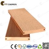 Suelo de madera al aire libre del compuesto WPC de la manera de Europa