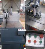 Contrôle en aluminium de commande numérique par ordinateur de machine de découpage de Windows de machine à coudre