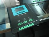 50A 12V/24V 24V/48Vの太陽系のためのLCDが付いている太陽料金のコントローラ