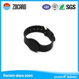 Водоустойчивое Deboosed или напечатанный Wristband силикона способа