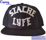 Изготовленный на заказ шлем крышки Snapback логоса войлока вышивки