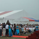 大きい屋外の白い教会玄関ひさしのイベント党テント