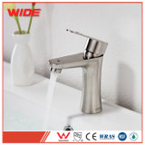 Des robinets mélangeurs du bassin en acier inoxydable pour le commerce de gros