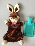 Couvercle de l'animal un jouet en peluche de lapin avec BS bouteille d'eau chaude