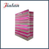 Heiße stempelnde PapierEinkaufstasche mit Farbband-Griff von Yiwu