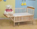 Migliore culla di legno infantile di vendita della base 2016 fatta in Cina
