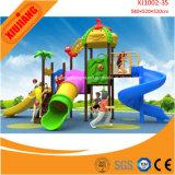 Structure de jeu pour enfants en plein air pour les petites étages
