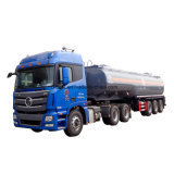 Garantia do caminhão de petroleiro do petróleo de HOWO 45000liters de um caminhão da roda do ano