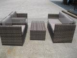 Rattan di lusso del sofà del PE Mtc-118 del giardino stabilito esterno della mobilia insieme della mobilia delle 4 parti