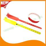 Berufsunterhaltungs-nach Maß Wegwerfplastik-Identifikationwristbands-Armband (E8020-40)