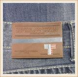 Costurar sobre PU Impresso Personalizado Gofragem Etiquetas de couro com logotipo para roupa e acessórios de moda