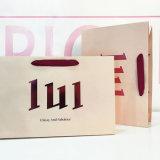 Manejar bolsa de papel comercial de lujo