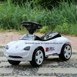 Автомобиль качания баланса младенца с нот и светом