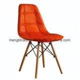 EMS 작풍 의자 검정에 있는 식당 의자를 위한 자연적인 목제 다리 방석 시트 그리고 뒤