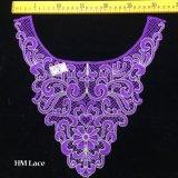 collare elegante del merletto del collare del fiore della geometria di porpora di 32*32cm del tessuto indiano del merletto con il ricamo Hme937 dell'oro