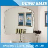 La parete moderna di Frameless smussata/ha lucidato lo specchio del bagno del bordo