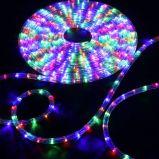 230V Ronda de PVC Ce 3 cables de luz LED de la cuerda de decoración de interiores y exteriores