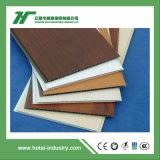 Bonito diseño interior del techo de PVC de WPC Panel El Panel de pared