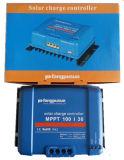 Régulateur bleu de contrôleur de chargeur de batterie solaire de Fangpusun MPPT 50A 12V 24V