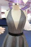 Vestido de partido preto do baile de finalistas da noite de Tulle do Neckline da cabeçada V