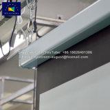 Xyscreen 120実家の劇場およびオフィスのためのリモート・コントロールのインチによってモーターを備えられるHD 4K屋内屋外プロジェクタースクリーン