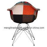 Los muebles de estilo moderno, silla de metal