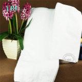 L'hotel fornisce il tovagliolo di bagno caldo del cotone di vendita dei lotti di riserva