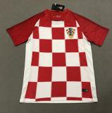 Het vrije Verschepen door DHL 2018 Kroatisch Voetbal Jersey, en de Verkoop van de Kroatische Uniformen van de Overhemden van de Voetbal 201817#Mandzukic 10#Modric 7#Ra