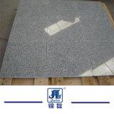 床タイルのためのPadandの安い水晶白の炎にあてられるか、またはポーランドまたはBushhammered G603の花こう岩か壁またはフロアーリングのペーバーまたは壁のCladiingのタイルかカウンタートップ