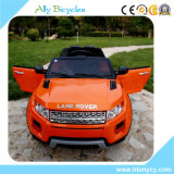 A função da música da roda de direção caçoa o carro, carro dos miúdos da bateria com o soquete MP3