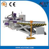 Il caricamento automatico e scarica il router di CNC 1325, scaricare e caricamento automatico con macchina altamente automatizzata della soluzione intercalare il sistema