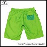El estilo de ropa de hombre Niño Shorts verdes