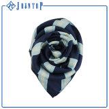 Hochwertige Drucken-Großverkauf-Masse-Silk Schal mit Qualität