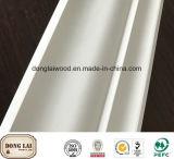 Molduras de madera decorativos para techos