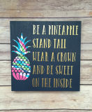 Art en bois de mur estampé par ananas