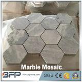 インテリア・デザインのための六角形の白く新しい大理石のモザイク