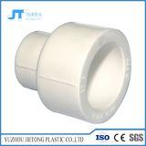 A tubulação de materiais de construção de cor branca PPR tubo para água quente
