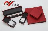 Il contenitore di monili semplice del documento di stile ha impostato con il magnete