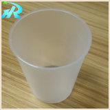 [1.2وز] صغيرة يختبر فنجان لأنّ مغازة كبرى